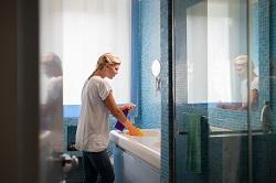 Deep Bathroom Cleaning in London
